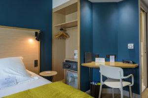 hotel-calavita-chambre-bureau