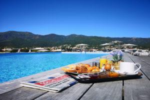 piscine avec petit dej hotel lido de la marana 1