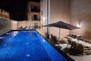 piscine-nuit-hotel-casa-mea